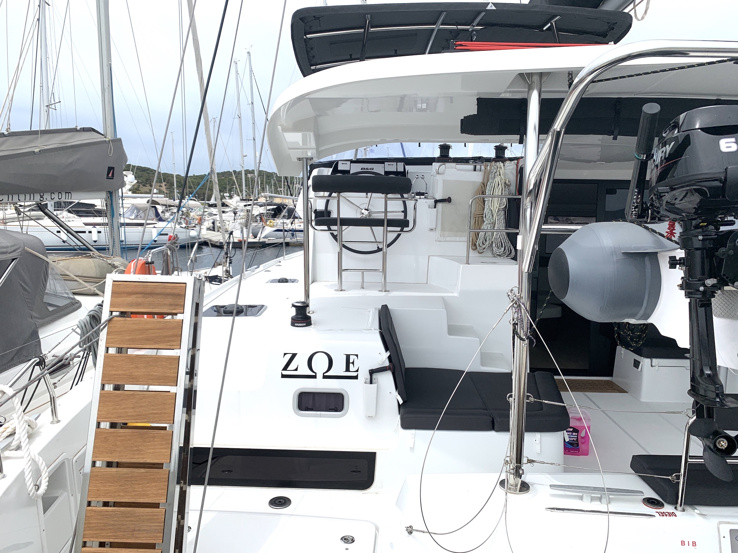 Lagoon 42 (Zoe)  - 6