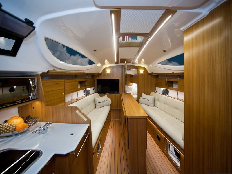 Maxus 33.1 RS Prestige + (FIERCE HEART) Interior image - 19
