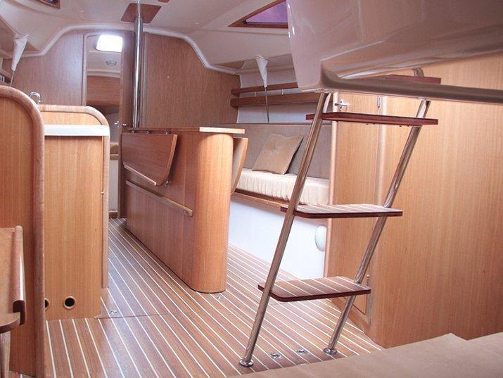 Maxus 28 Prestige + (Lefkada) Interior image - 2