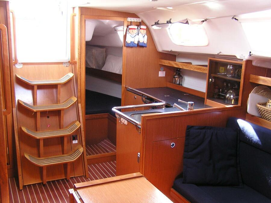 Bavaria 35 Cruiser (Alba) Interior image - 1