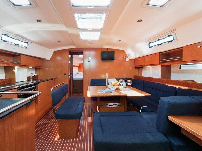 Bavaria Cruiser 45 (BLIND DATE) Interior image - 14