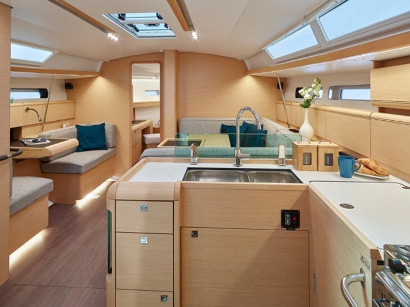 Sun Odyssey 449 Ownerversion (Fabiano II) Interior image - 1