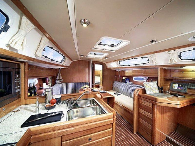 Bavaria Cruiser 34 (Sora) Interior image - 2
