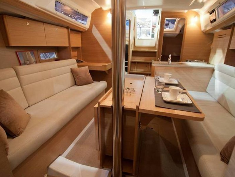 Dufour 310 Grand Large (Inezic) Interior image - 6