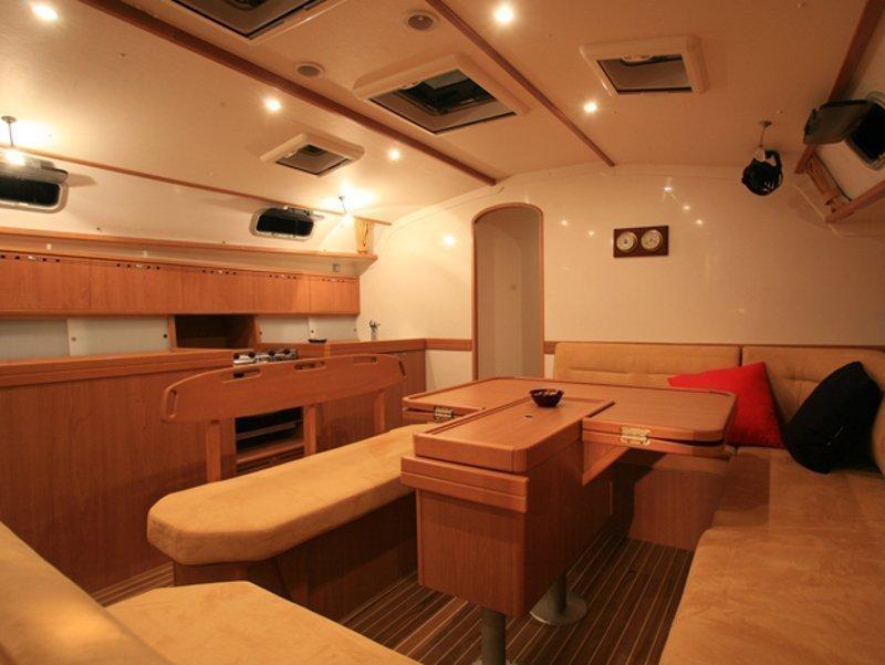 Harmony 52 (Dugong) Interior image - 8