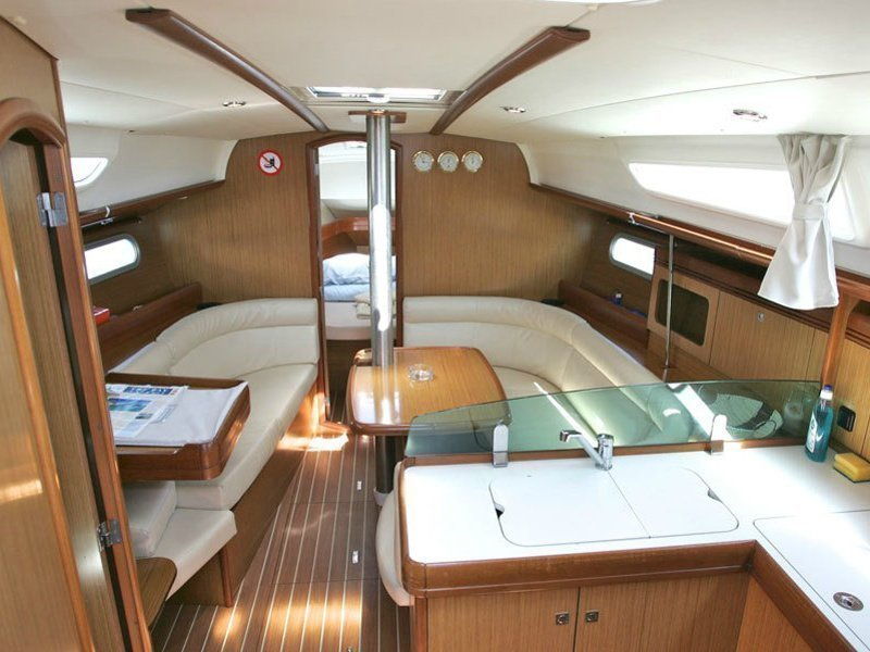 Sunsail 36i () Interior image - 9