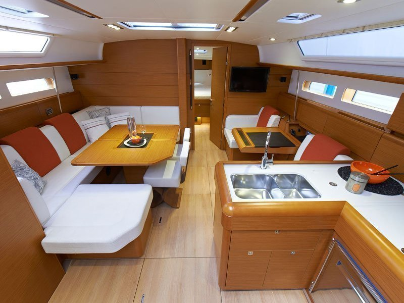 Sunsail 47/3 () Interior image - 11