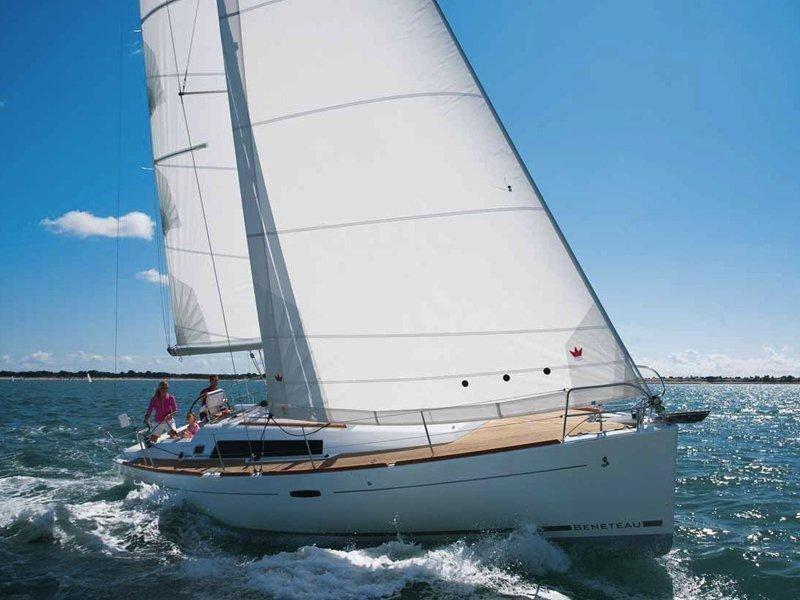 Oceanis 37 (Cinzia) Main image - 4
