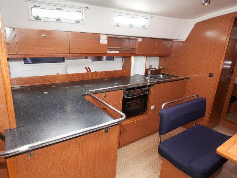 Bavaria Cruiser 45 (iSTONE)  - 4