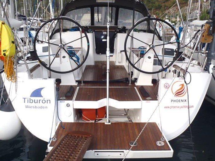 Dufour 40E Performance (Tiburon) Main image - 3