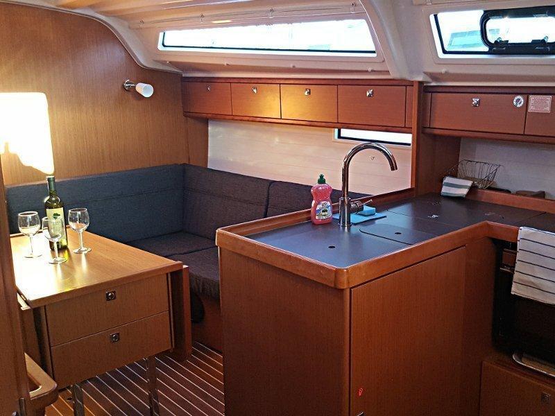 Bavaria Cruiser 37 (Maci)  - 5