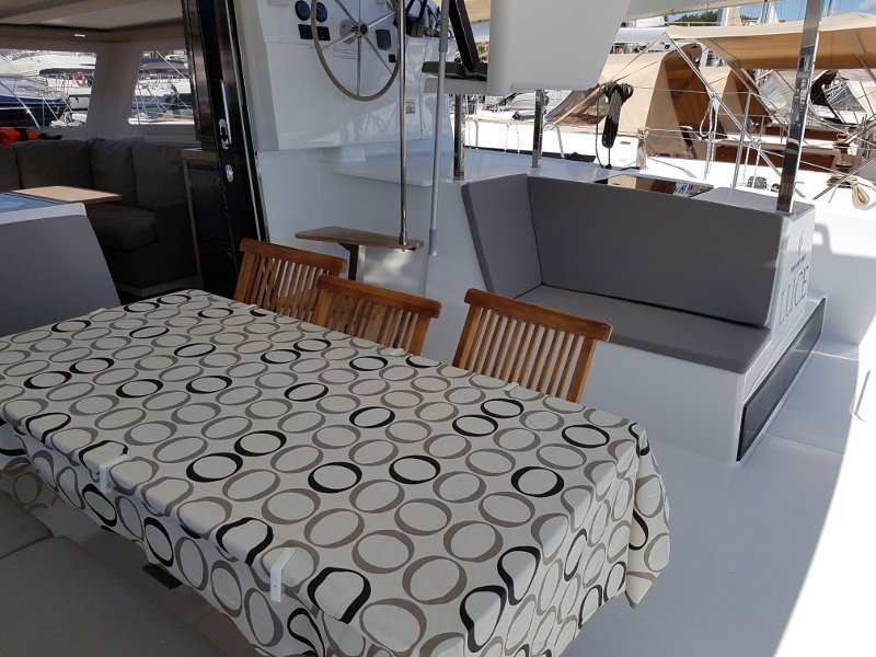 Fountaine Pajot Lucia 40 (Luce, A/C - Generator, A/C, Watermaker - 2017.)  - 16