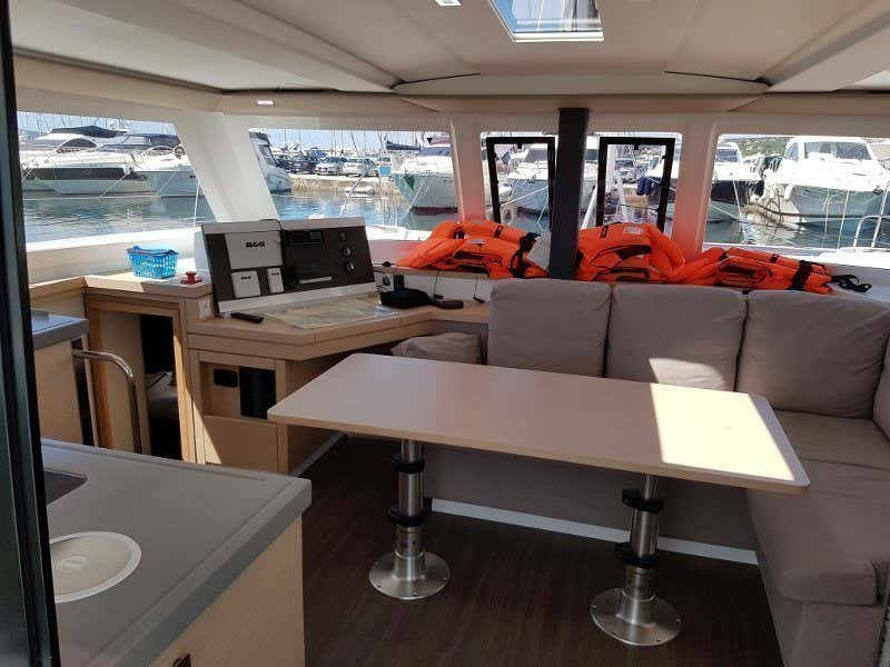 Fountaine Pajot Lucia 40 (Luce, A/C - Generator, A/C, Watermaker - 2017.)  - 13