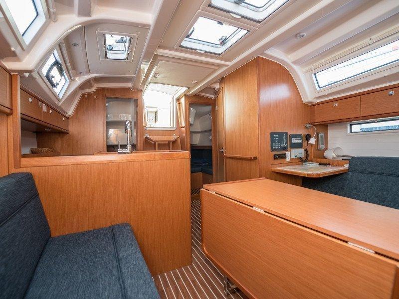 Bavaria Cruiser 37 (Rea)  - 47