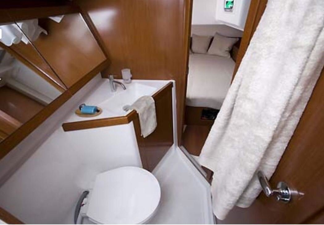 Oceanis 45 4 cabins (Mare Aeolos)  - 8