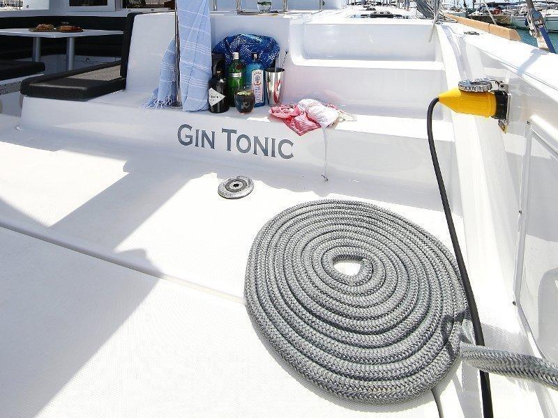 Lagoon 39 (GIN TONIC Generator)  - 4