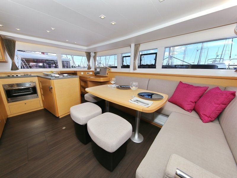 Lagoon 450 F (PRETTY ALICE AC all + generator + OB 20HP) Interior image - 45