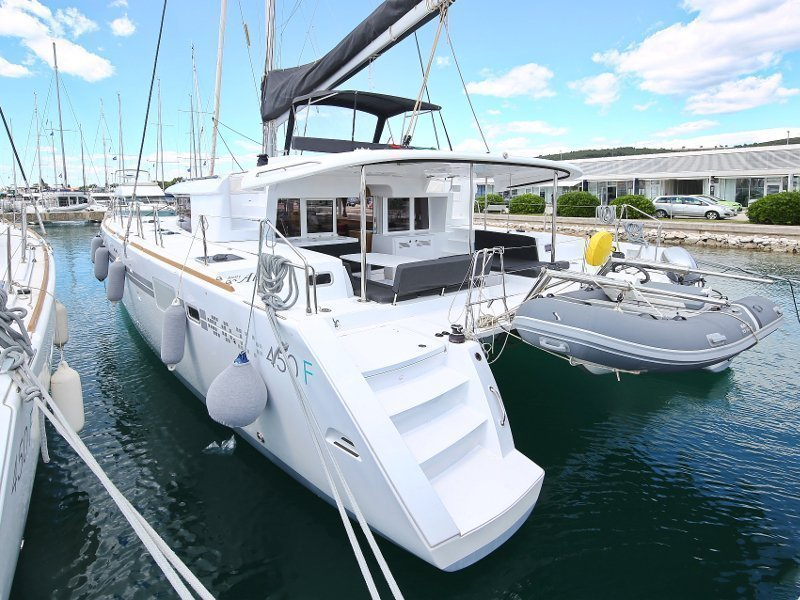 Lagoon 450 F (PRETTY ALICE AC all + generator + OB 20HP)  - 77