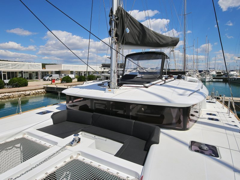 Lagoon 450 F (PRETTY ALICE AC all + generator + OB 20HP)  - 15