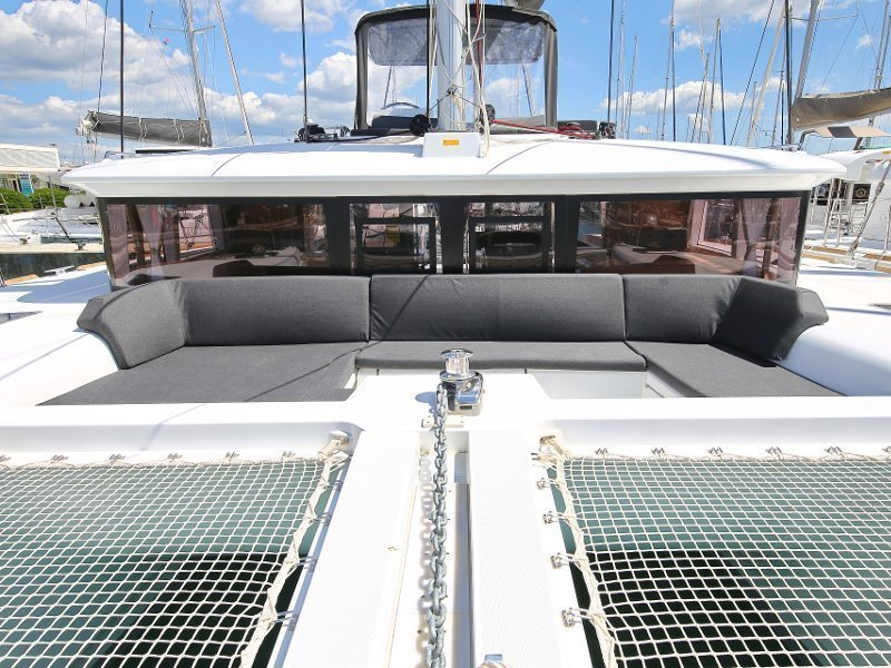 Lagoon 450 F (PRETTY ALICE AC all + generator + OB 20HP)  - 91