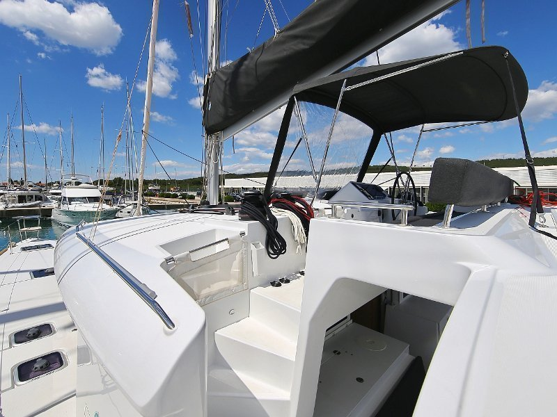 Lagoon 450 F (PRETTY ALICE AC all + generator + OB 20HP)  - 43