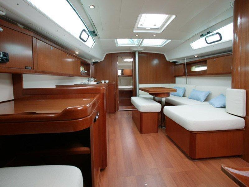 Oceanis 40 () Interior image - 2