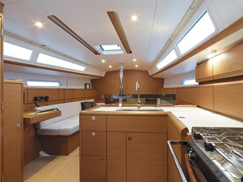 Sunsail 38 () Interior image - 3