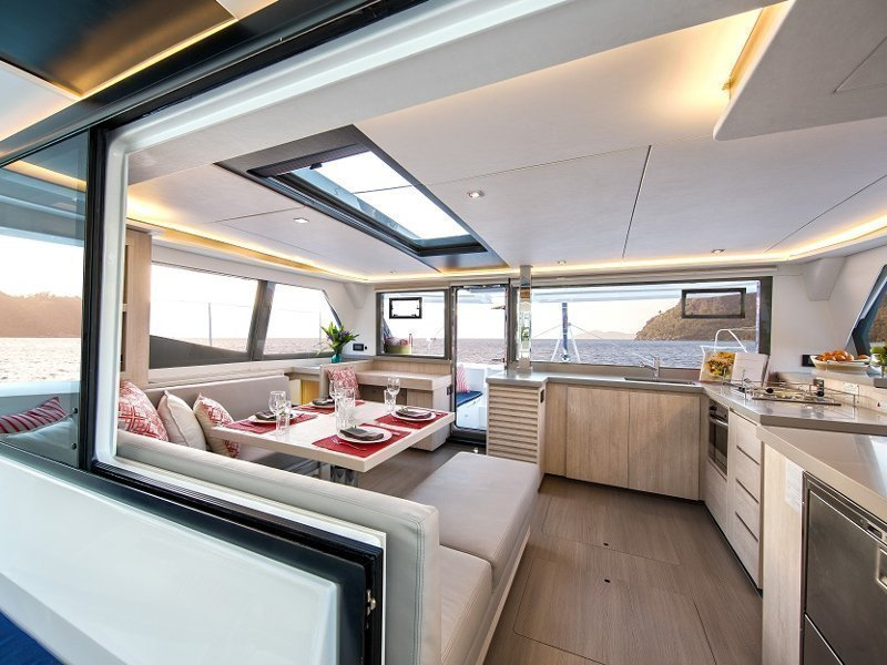 Sunsail 454 () Interior image - 1