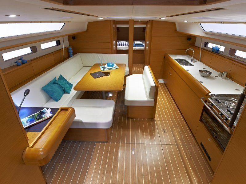 Sunsail 47 () Interior image - 2