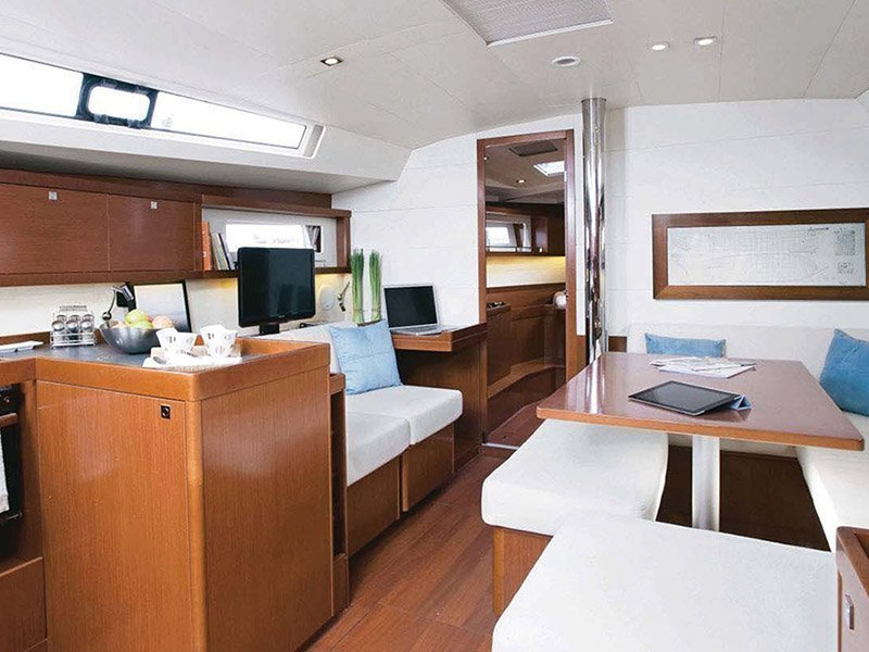 Moorings 45.4 () Interior image - 8