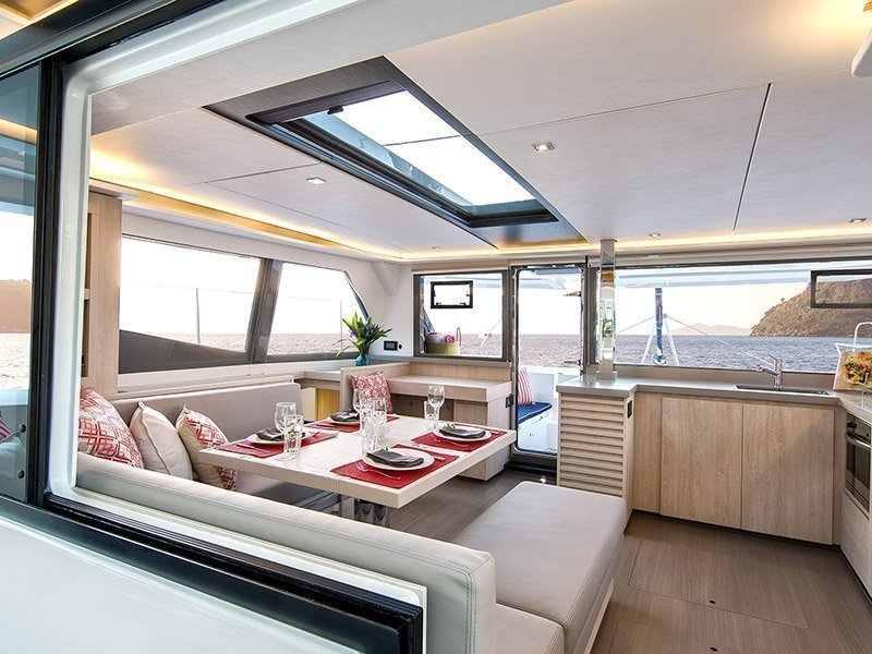 Moorings 4500 () Interior image - 2
