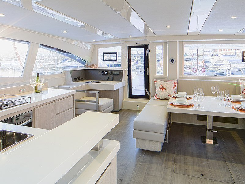 Moorings 4800 () Interior image - 5