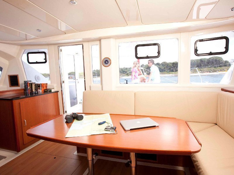 Sunsail 444 () Interior image - 13