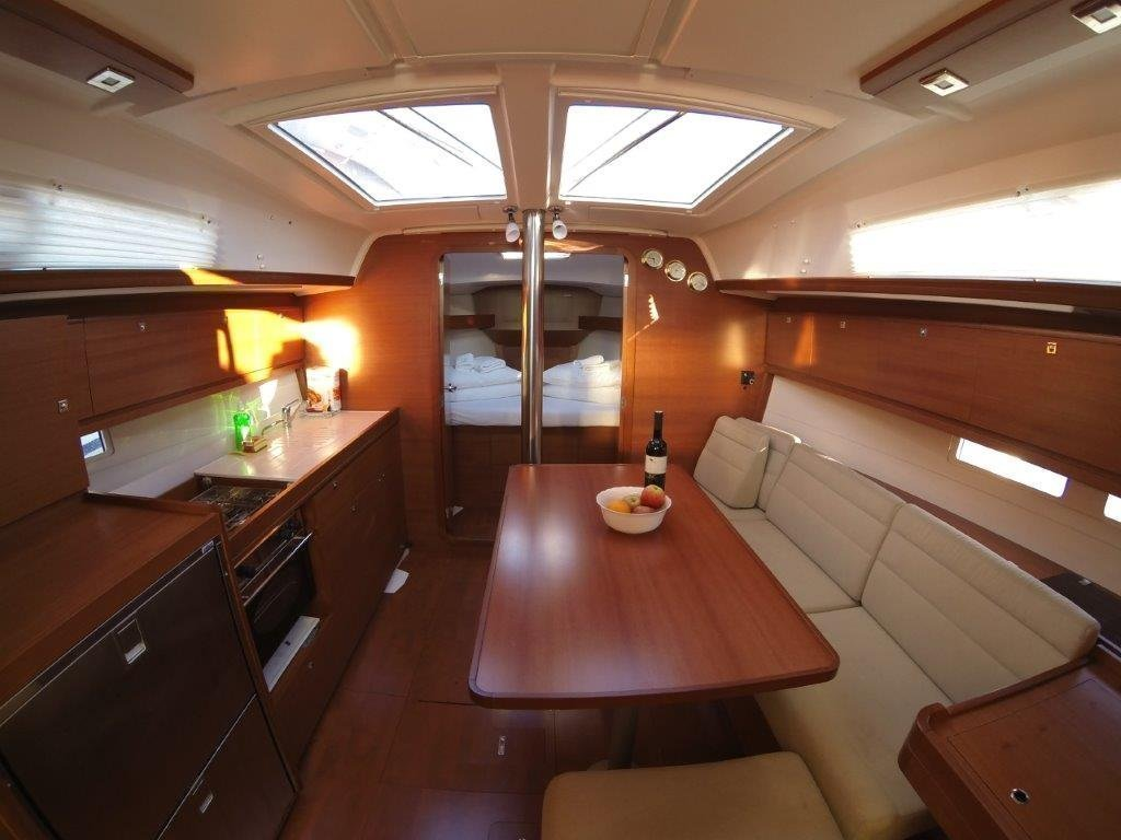Dufour 382 Grand Large (ELI) Interior image - 4