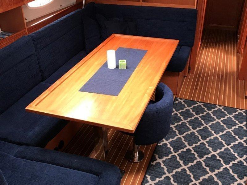 Bavaria 51 Cruiser (Arctic Breeze)  - 7