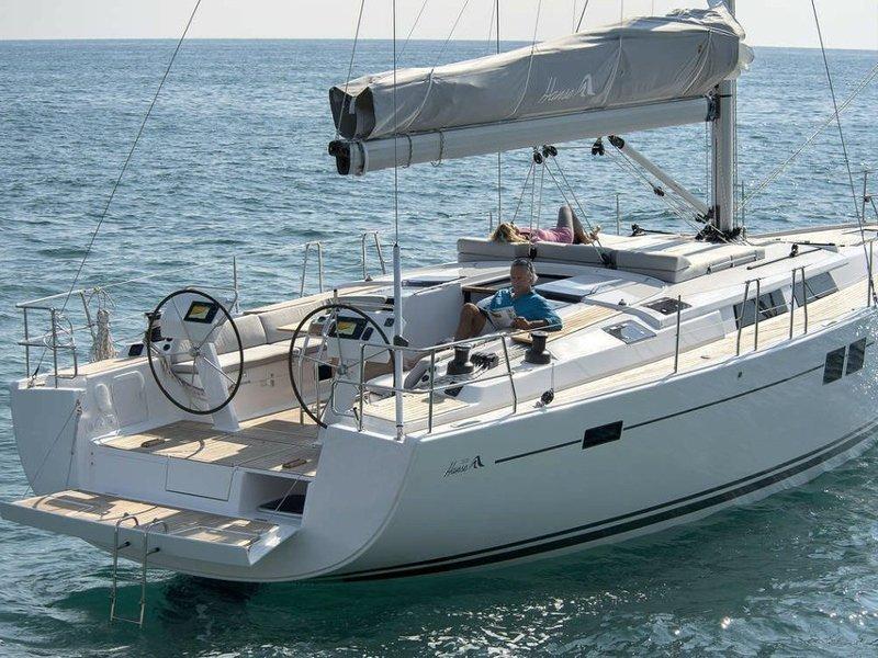 Hanse 505 (Marina Estrella Three)  - 4