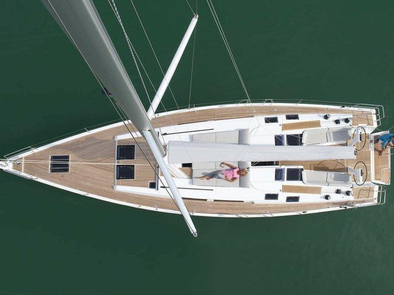 Hanse 505 (Marina Estrella Three)  - 3