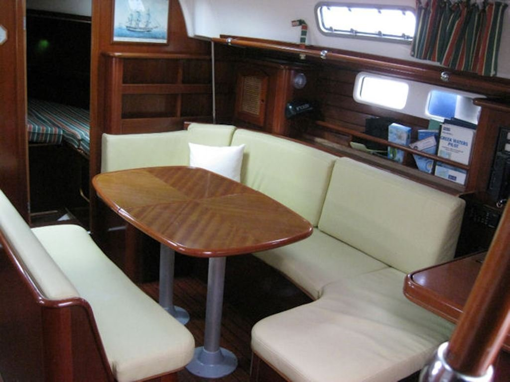 Oceanis 461 (Molly's) Interior image - 2
