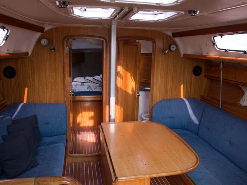 Bavaria 38 Cruiser ((1132 BG) (sails 2015)) Interior image - 1