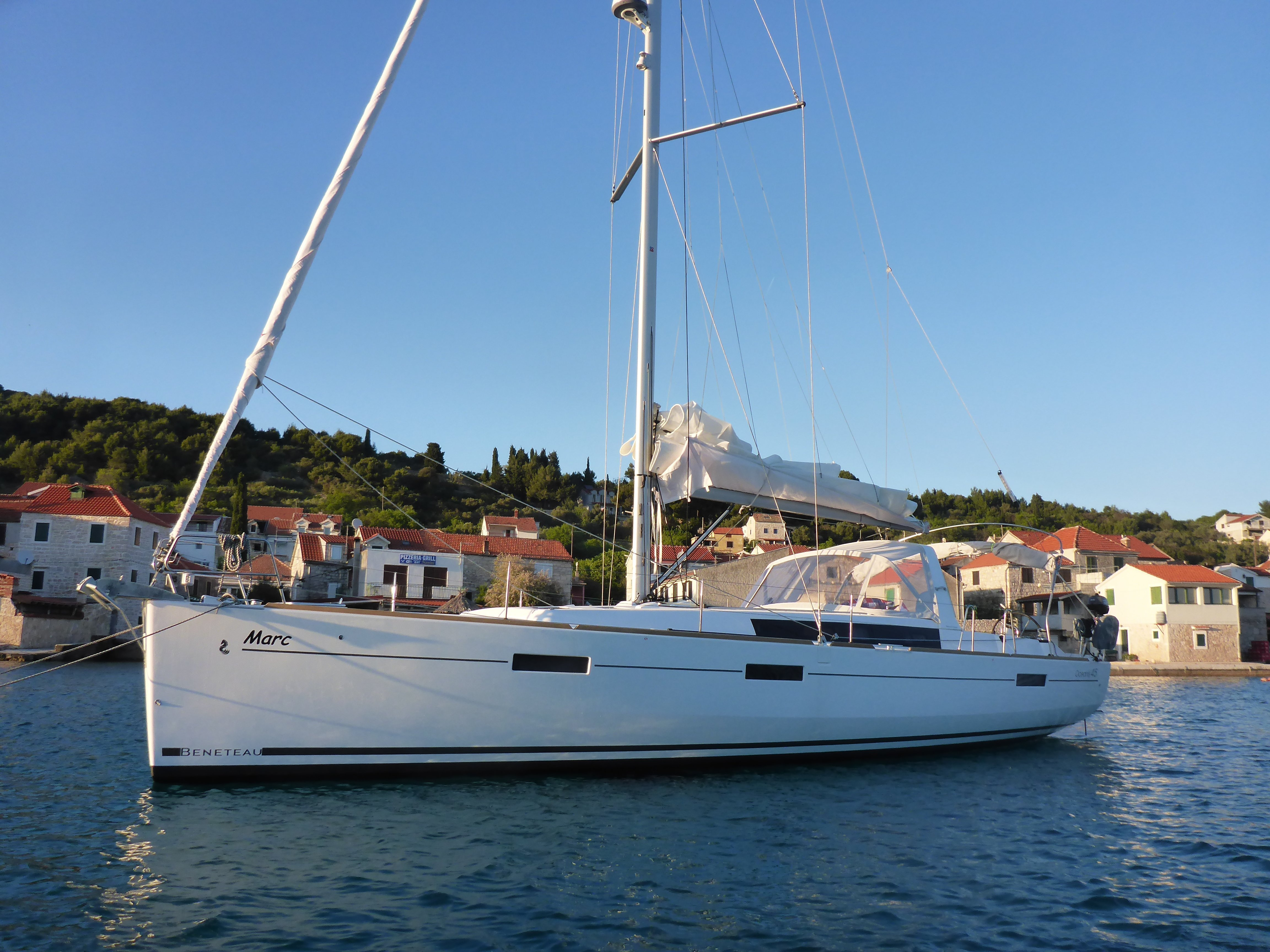 Oceanis 45 3 cabins (Marc)  - 9