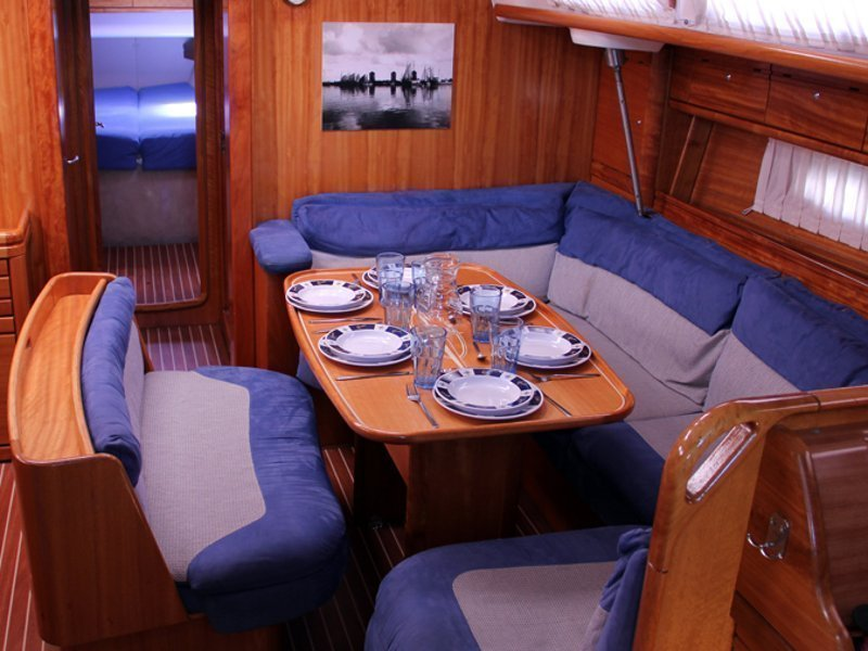Bavaria 46 Cruiser (SEA PERK) Interior image - 3