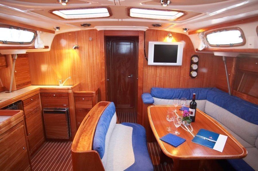 Bavaria 46 Cruiser (IRINA) Interior image - 7
