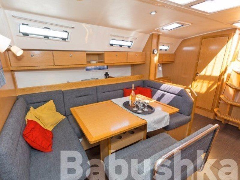 Bavaria Cruiser 40 (Babushka) Interior image - 17