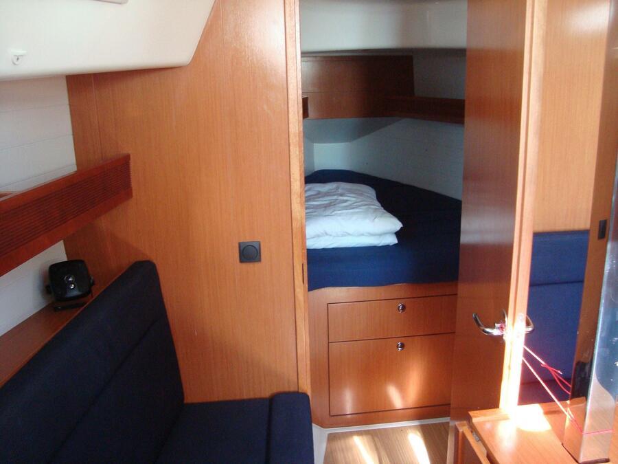 Bavaria 32 Cruiser (Sonia) Interior image - 4