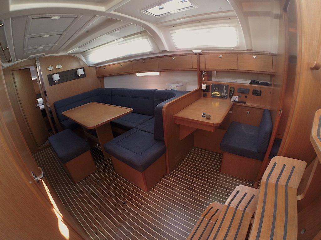 Bavaria Cruiser 41 (Euterpe) Interior image - 1