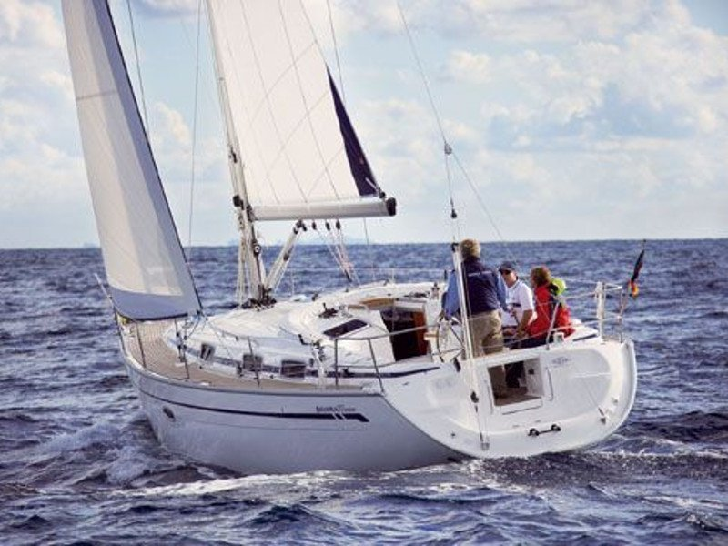 Bavaria 32 Cruiser (New 3) Main image - 0