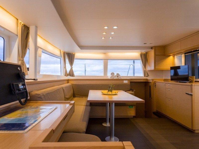 Lagoon 450 Luxury (BRIGHT STAR) Interior image - 1