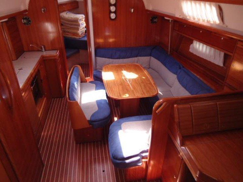 Bavaria 39 Cruiser (Ariela) Interior image - 5