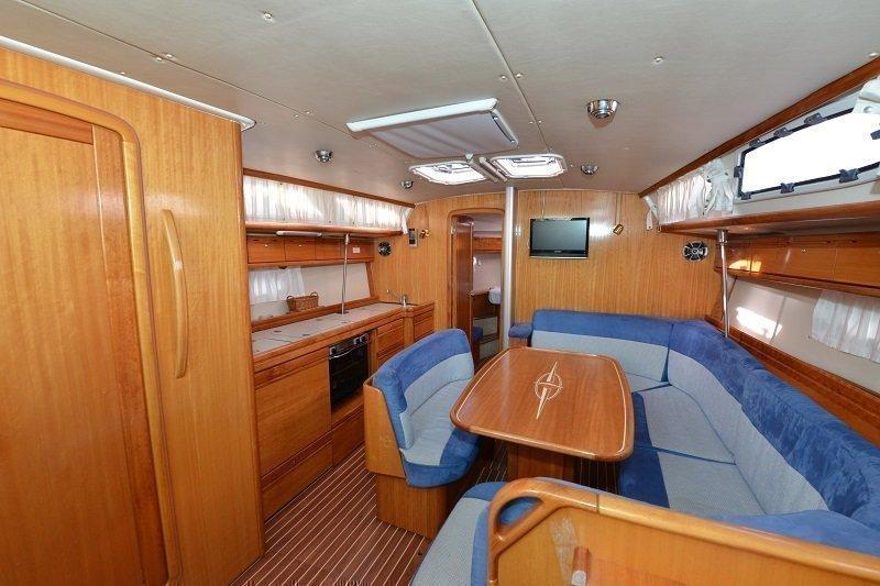 Bavaria 40 Cruiser (Fenix  ) FENIX - 4