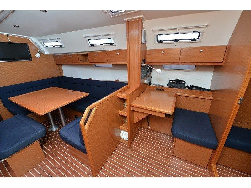 Bavaria Cruiser 40 (Morski čovik) Interior image - 1